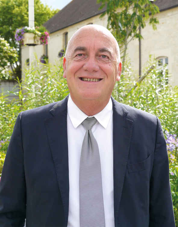 Thierry Thierry RENOUF