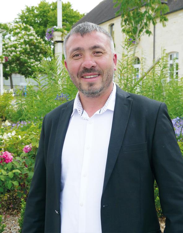 Ayhan Aydar